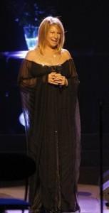 Стрейзанд на концерте в Лондоне, 2007 год