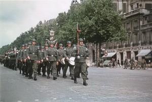 Смена караула, Париж