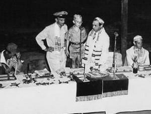 Пасхальный седер.  Манила, Филиппины. 1945 г.