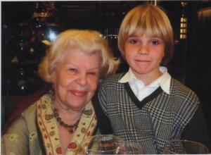 Елена Федоровна Рыбина-Косова с внучкой