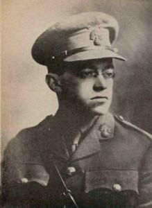 Зеев Жаботинский в форме лейтенанта 38-го батальона Королевских стрелков. Палестина, 1918 г.
