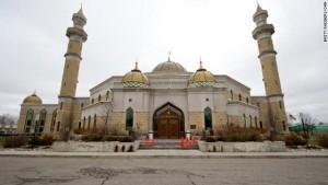 Мечеть в городке Дирборн, Мичиган, США