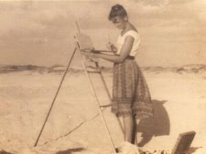 Ривка Хволес-Лихтенфельд за работой, побережье Ашдода, 1959 г.