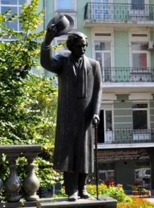 Памятник Шолом-Алейхему в Киеве