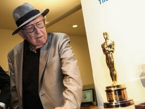 Хорватский продюсер еврейского происхождения Бранко Лустиг, получивший «Оскар» за фильм «Список Шиндлера», передал его в «Яд Вашем»