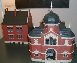 Макет разрушенной синагоги и общинной школы, хранящийся в городском музее Ольденбурга