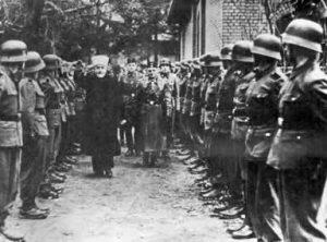 Встреча мусульман из состава 13-й горной дивизии СС «Ханджар» с муфтием Хадж-Амином аль-Хусейни, 1943 год