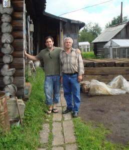 Урал 2010г. Внук Шмуэля у дома, построенного дедом