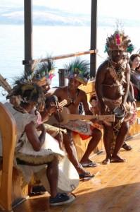Папуасы, с которыми довелось пообщаться израильскому экскурсоводу Андрею Никсону, тоже пребывают в задумчивости: а вдруг и они – потерянные лица еврейской национальности?