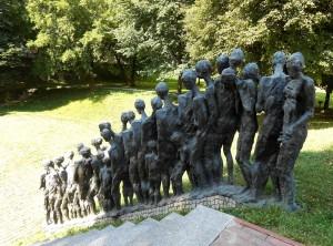 Мемориал у «Ямы». Неужели только трагедии способны сплотить евреев?