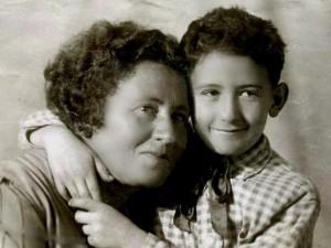 Двойра Хорол и ее сын Семен Юдицкий, 1939 г.