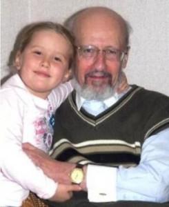 Семен Юдицкий с внучкой Ксенией