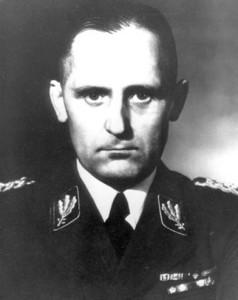 Начальник IV Управления РСХА (Тайная государст- венная полиция – Гестапо), группенфюрер СС Генрих Мюллер