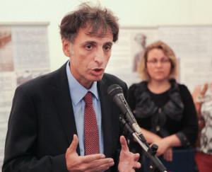 Посол Израиля в Украине Элиав Белоцерковский  на открытии выставки