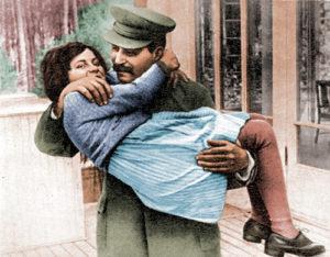 Добрый папаша... Иосиф Сталин с дочерью Светланой