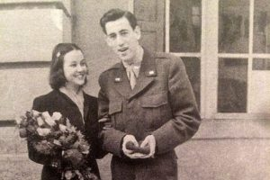 Джером Сэлинджер и его первая жена Сильвия Уэлтер