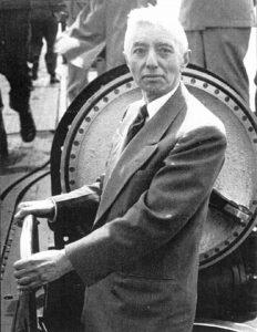 Адмирал Риковер на борту подводной лодки «Наутилус»