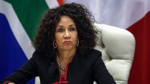Глава МИД ЮАР Линдиве Сисулу