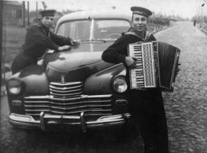 Алешковский во время службы на флоте
