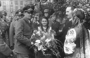 Хлебом-солью нацистов встречали вовсе не евреи...