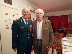 Д.Котляр(слева) с автором