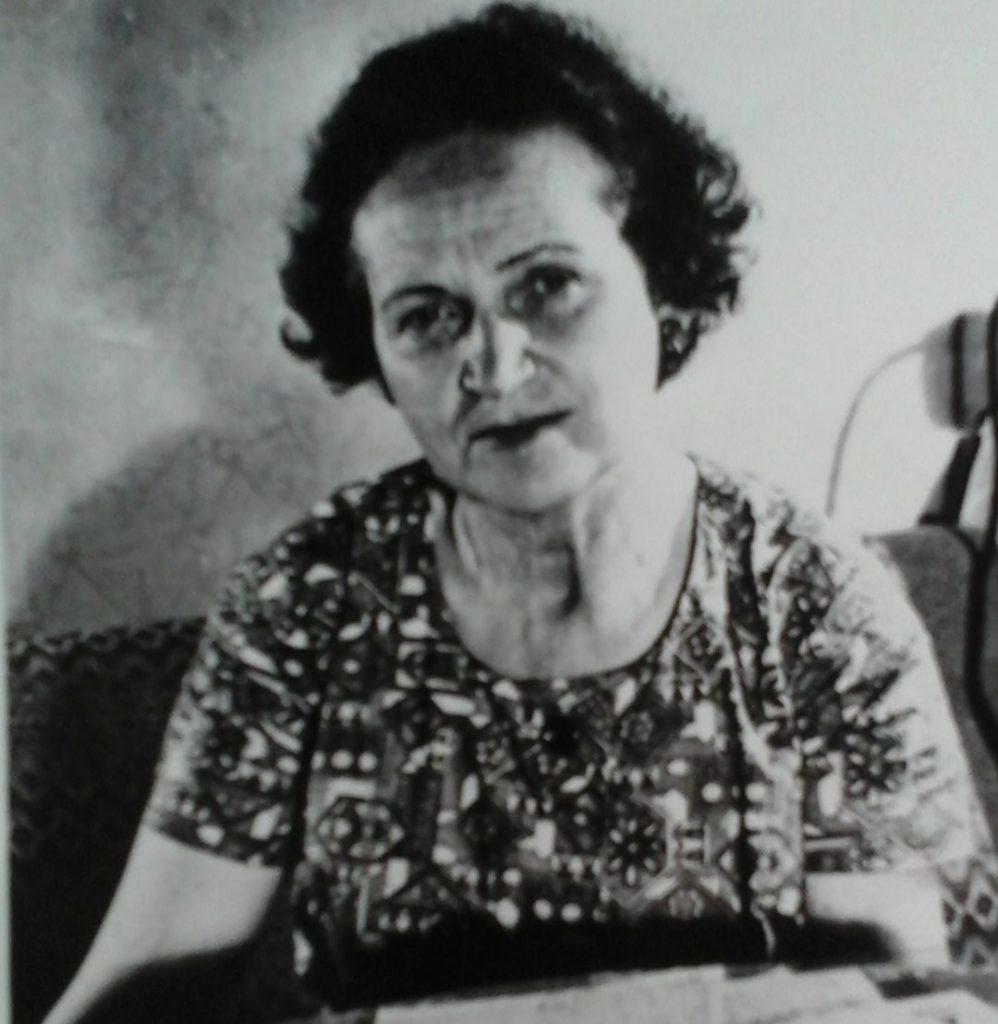Діна Пронічева